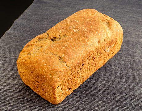 Pan de Molde Ecológico de Khorasan Integral de Fermentación Mixta. Cortado
