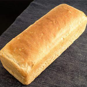 Pan de Molde Ecológico de Espelta Blanca Pequeño de Fermentación Mixta. Cortado